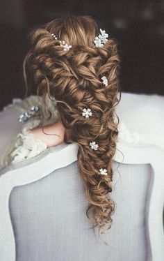 Ulyana Aster Wedding hairstyle idea / http://www.deerpearlflowers.com/wedding-updo-hairstyles-for-long-hair-from-ulyana-aster/