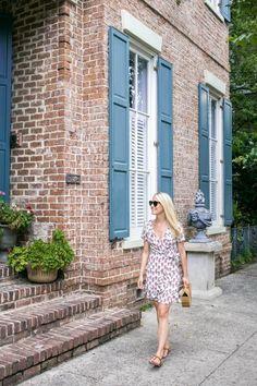 Savannah Travel Guide by Rhyme & Reason Savannah Georgia Travel, Savannah Chat, World Travel Guide, Vacation Outfits, Vacation Ideas, Rhyme And Reason, Trends, Summer Fun, Summer Heat