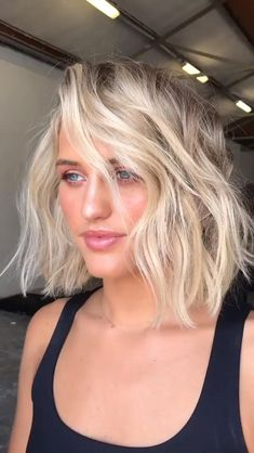 Thin Blonde Hair, Icy Blonde, Blonde Hair With Highlights, Balayage Hair Blonde, Bleached Blonde Hair, Ombre On Short Hair, Bleach Blonde Bob, White Blonde Bob, Short Platinum Blonde Hair