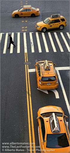 New York city Cabs in the 42nd street, Manhattan, New-York. Those yellow carsd always look great on a picture... | By Alberto Mateo, Travel Photographer.
