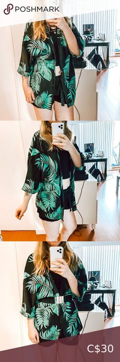 🌿 Palm Leaf Print Kimono Palm Leaf Print Summer Kimono, perfect for the beach as a swim cover up  🌿🌿🌿🌿🌿 Size small  Shorter length for a kimono but still cute Basic, light, flowy material 65% cotton 35% polyester  I'm 5'3 and it's bum length on me  Only worn to try on,  brand new without tags   Bundle 3+ items and get 15% off 💯 Same or next day shipping!💨💌 Tops