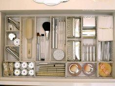 100均アイテムでもできる可愛い『化粧品収納アイデア』♡コスメやメイク道具をかわいく収納しちゃおう♡ | iemo[イエモ]