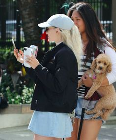 Dove Cameron // out in Vancouver