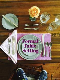 how to properly set a dinner table