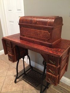 Treadle Sewing Machines, Vintage Sewing Machines, Vintage Year, Hope Chest, Good Old, Antique Furniture, Storage Chest, I Am Awesome, Fiber