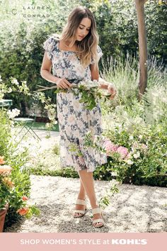 Work, play, night or day—looking your best doesn't have to be complicated. Especially if you can glam up a floral dress with a summery blazer and block-heeled sandals for a night out or that important presentation. Getting together with friends for a casual picnic or heading over to a PTA meeting? Pair your dress with nude sandals and a roomy tote to carry your essentials. Find chic pieces, accessories and shoes for any occasion from LC Lauren Conrad at Kohl's and Kohls.com. Lauren Conrad Collection, Peasant Tops, Lc Lauren Conrad, Feminine Style, Looking Gorgeous, Women Wear, Short Sleeve Dresses, How To Wear, Nude Sandals