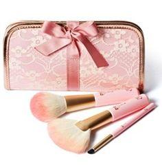 Amazon.com: KOREAN COSMETICS, Etude House _Etoinette Brush Collection set (Lip Gradation Tip+Soft Touch Powder Brush+Last Touch fan Brush)[001KR]: Beauty