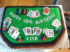 Blackjack Table Cake, all edible- cards are made using frosting sheets and gumpaste, chips are fondant. Cake cricut to cut the lettering. Casino Night Party, Casino Theme Parties, Party Themes, Party Ideas, Snacks For Work, Healthy Work Snacks, Poker Cake, Las Vegas, Casino Cakes