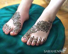 foot Mehndi/Henna Design all new design Eid Design Indian Henna Designs, Mehndi Designs For Kids, Henna Tattoo Designs Simple, Mehndi Designs Feet, Back Hand Mehndi Designs, Latest Bridal Mehndi Designs, Mehndi Designs Book, Mehndi Designs For Beginners, Mehndi Designs For Fingers