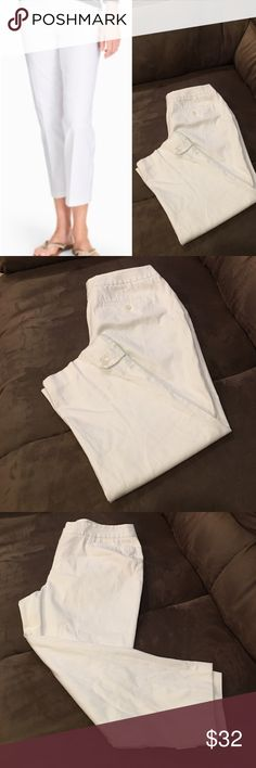 """Talbots Cotton Cropped Pants #080-275 Fly front with button closure & hook-and-bar tab Front pockets Functional  back pockets Leg with button-tab hem Front rise 10"""" 16"""" leg opening Inseam: 23.5"""" 98% cotton/2% spandex Machine wash cold. Pre-owned in good condition. No flaws detected. Talbots Pants Ankle & Cropped"""