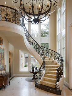 A staircase is an important part of a house. It helps the inhabitants of the house to access other parts […] Foyer Staircase, Winding Staircase, Staircase Design, Iron Staircase, Style At Home, Beautiful Interiors, Beautiful Homes, Grand Stairway, Grand Foyer