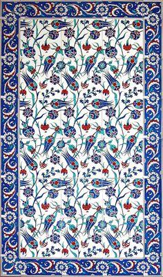 turkish_tile_art_serbet_laleler_b. - Art and Literature Turkish Design, Turkish Art, Turkish Tiles, Portuguese Tiles, Tile Patterns, Pattern Art, Zentangle Patterns, Flower Patterns, Pattern Design