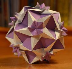 http://artekusudama.blogspot.com.es/ How to make a beautiful kusudama Tutoriales para construir bonitas bolas de origami