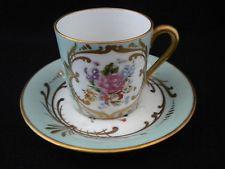 Tasse et sous-tasse en porcelaine de COULEUVRE