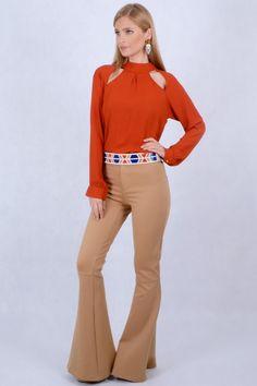 http://www.coquette.com.br/image/cache/data/up_system/product-52/calca-flare-cintura-alta-camel-134-652x978.jpg