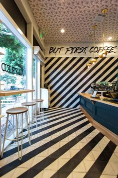 The best new place to grab a cup in Brentwood. Alfred Coffee, Espresso Bar, Greens Restaurant, Cafe Restaurant, Coffee Shop Design, Cafe Design, Mini Mercado, Bubble Tea Shop, Showroom Interior Design