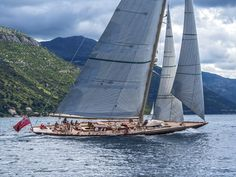 classic retro boat sails at the foot of the mountains J Class Yacht, Classic Sailing, Sailing Ships, Sailing Yachts, Yacht Boat, Boat Design, Set Sail, Wooden Boats, Courses