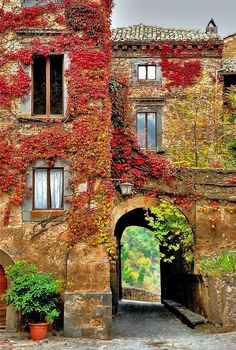 Autumn in Bagnoregio, Toscana, Italy Places To Travel, Places To See, Places Around The World, Around The Worlds, Beautiful World, Beautiful Places, Amazing Places, Belle Photo, Dream Vacations