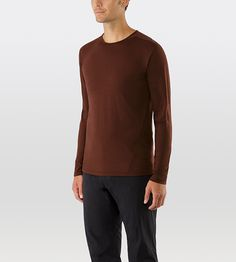 Frame Composite Shirt Men's Breathable Merino wool and nylon/cotton blend jersey crew neck, long sleeved shirt designed with intelligent patterning for a clean appearance and functional fit.