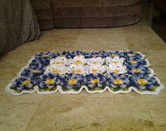 Tapete de croche com flor Thais