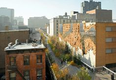 El Anatsui's Broken Bridge II is a Tapestry of Tin and Mirrors on the High Line