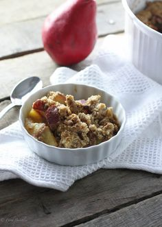 Cardamom Pear Crumble