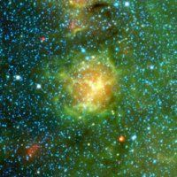 Baby Stars Erupt to Life in Trifid Nebula : DNews