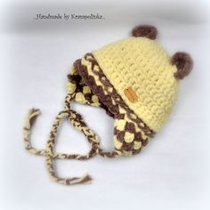 """""""I have to buy a hat with a teddy bear ears"""" I remember myself when I was shopping for my little one. Simply because the babies look so cute in this type of hats and beanies. Crochet Baby Clothes, Crochet Baby Hats, Crochet Beanie, Free Crochet, Baby Bonnet Pattern, Baby Hat Patterns, Crochet Patterns, Yarn Dreads, Blanket Yarn"""