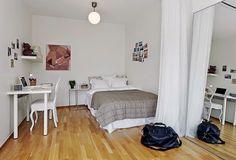 Dormitorio con espejos para dar sensación de ampliar el espacio. Ideas decoración #dormitorios