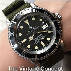 Rolex Submariner Matte Dial 1680 WhatsApp: 852-96991000 Email: info@thevintageconcept.com by thevintageconcept #rolex #submariner