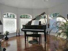 Piano room, yep definitely gotta win the lottery. =D