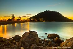One sunset around Mount Maunganui in Bay of Plenty New Zealand New Zealand Beach, New Zealand Travel, The Beautiful Country, Beautiful Places, Travel Around The World, Around The Worlds, Places To Travel, Places To Visit, Key Tattoos