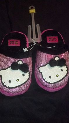 Less than $0.01 http://www.listia.com/auction/8417466 HELLO KITTY pink and black Girls warm furry slippers size 2/3
