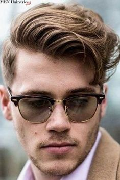Upgrade your style in 2019 with these super amazing 46 short sides long top hairstyles. These haircuts will definitely bring out your trendy side. Top Hairstyles For Men, Guy Haircuts Long, Men's Hairstyles, Different Hairstyles For Boys, Fashion Hairstyles, Modern Haircuts, Medium Hairstyles, Wedding Hairstyles, Short Sides Long Top