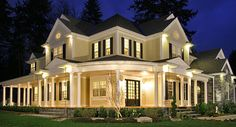 Let's discuss curb appeal..do you think this two-story home with wraparound porch hits the mark? Don't forget to check out all the exterior photos of this new #houseplan. http://www.thehousedesigners.com/plan/peoria-3360/