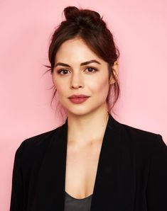 Conor Leslie, Dc Comics, Cinderella And Prince Charming, Beautiful People, Beautiful Women, Female Fighter, Popular People, Marvel Girls, Perfect Woman