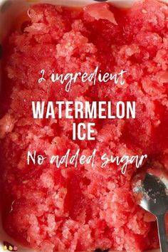 Healthy Snacks For Kids This watermelon ice is refreshing, delicious and healthy. With only two ingredients and no added sugar it is the perfect summertime treat for babies, kids and adults. Watermelon Recipes, Fruit Recipes, Summer Recipes, Healthy Recipes, Watermelon Dessert, Watermelon Ice Pops, Fruit Fruit, Gourmet Recipes, Cooking Recipes