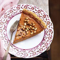 Fresh Pumpkin Pie with Salty Roasted Pepitas | Epicurious.com