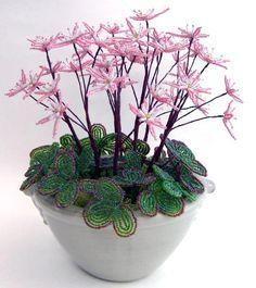 Beaded Flowers Patterns, French Beaded Flowers, Wire Flowers, Crochet Flowers, Crystal Tree, Wire Trees, Flowering Trees, Wire Art, Beads And Wire
