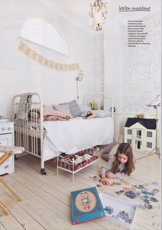 Sanctuary: Magazines Girly room, Tolo&Koti magazine.