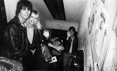 Dee and Vera Ramone with Lenny Kaye at Max's Kansas City.
