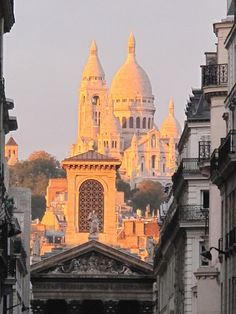 Sunset on the Sacré Coeur