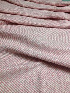 Coupon de tweed à chevrons 163x100cm en laine haute couture