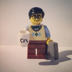 Want this geek minifigure. Look at his cup!