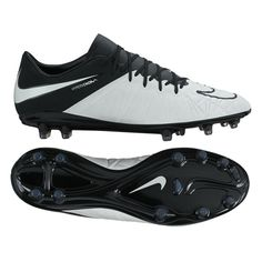 2bfc935018eb Light Bone and Black is the new shade of Nike s Tech Craft boots. Enhancing  the