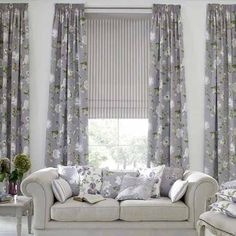 Curtains living room - The living room curtains are a very important decorative detail for the interior. The modern living room curtains. Grey Curtains, Curtains Living, Modern Curtains, Living Room Windows, Floral Curtains, Window Curtains, Contemporary Curtains, Roman Curtains, Patterned Curtains
