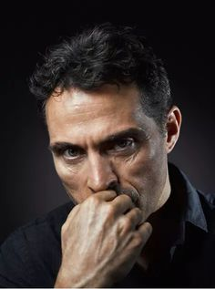 Rufus Sewell Source (@RufusSewellIT) | Twitter