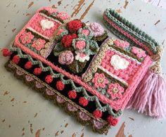 No automatic alt text available. Free Crochet Bag, Crochet Purses, Crochet Hooks, Freeform Crochet, Crochet Shawl, Knit Crochet, Crochet Clutch Pattern, Crochet Poncho Patterns, Crochet Flower Tutorial