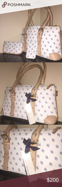 Authentic Dooney&Bourke Satchel with extras Authentic Dooney&Bourke Satchel, Size Dooney & Bourke Bags Satchels