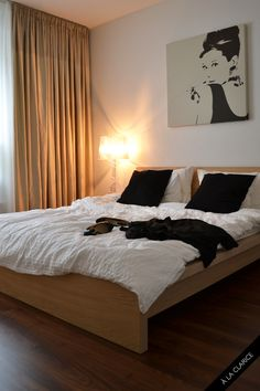 ikea malm estructura de cama alta 160x200 cm la chapa de madera asegura una bonita ptina a la estructura de camaal tener los laterales u2026